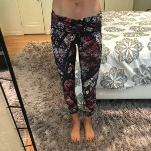 B leggings with butterfly design